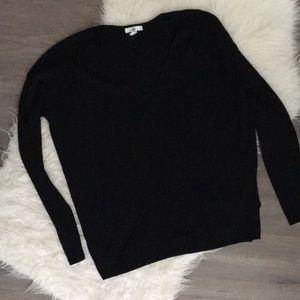 BP vneck Sweater